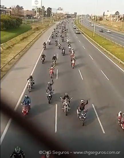 TN: MAS DE MIL MOTOS SE MOVILIZARON EN CARAVANA CONTRA LA INSEGURIDAD EN ITUZAINGÓ